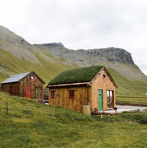 Mulafossur Cottage No 3 By Famous Waterfall In Gasadalur photos Exterior