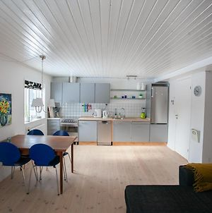 Central Two Bedroom Apartment In Torshavn photos Exterior