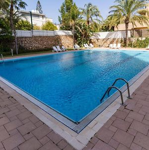 Top Tier Apartment In Herzylia With Swimming Pool photos Exterior