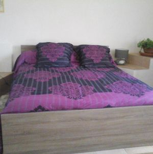 Room In Guest Room - Bed And Breakfast Under Traditional Vault 5Km From The Beach photos Exterior