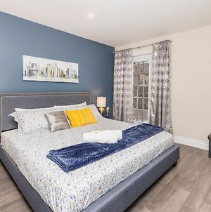 Prime Walk Location - 2Br With King Bed - Byward Market! photos Exterior