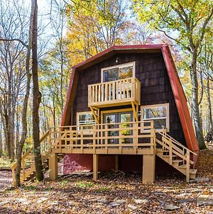 Cabin With Private Lake & Beach, Fire Pit, & Wifi photos Exterior