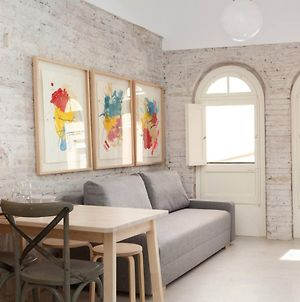 Renovated 1-Bedroom Flat In Born photos Exterior
