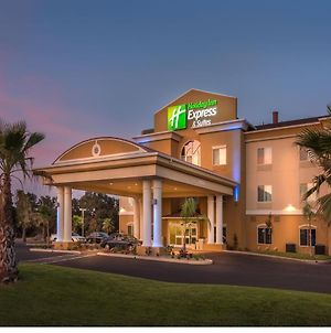 Holiday Inn Express & Suites / Red Bluff - South Redding Area, An Ihg Hotel photos Exterior