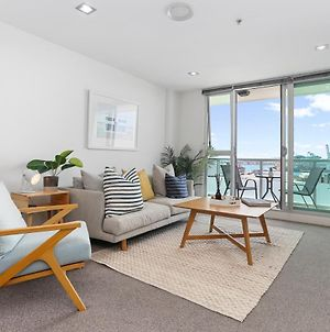 Inner City Apartment With Harbour Views And Carpark photos Exterior