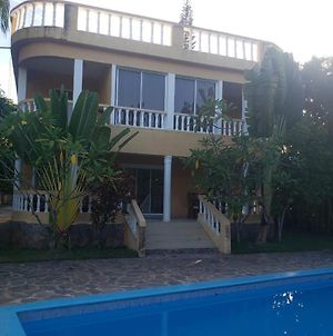 Large Villa With 4 Bedrooms Private Pool Garden Security Ocean View photos Exterior