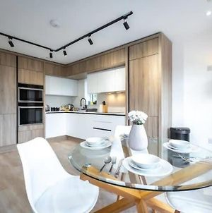 Fabulous Modern 2 Bedroom In Reading photos Exterior