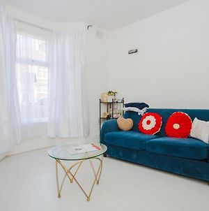 Large And Bright 2 Bedroom Apartment Close To Stratford photos Exterior