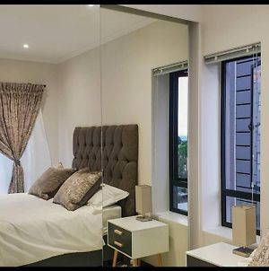 New And Luxurious Lonehill Apartment photos Exterior