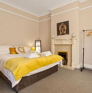 Staywhenever Nwt- 4 Bedroom House, King Size Beds, Sleeps 9 photos Exterior