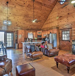 Luxury Log Cabin With 5 Private Acres And Hot Tub! photos Exterior