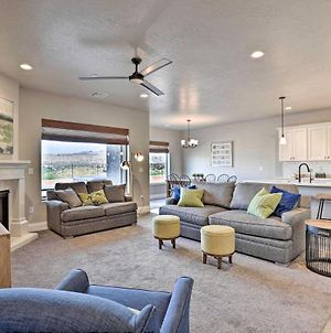 Newly Constructed Zion Village Townhome With Hot Tub photos Exterior
