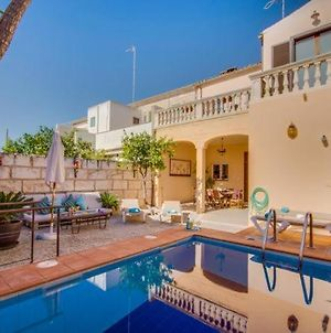 Holiday Home In Muro Sleeps 8 With Pool Air Con And Wifi photos Exterior