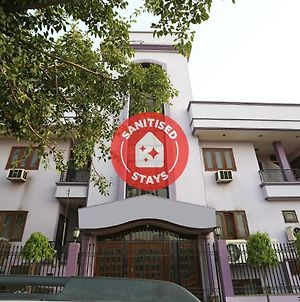 Vaccinated Staff- Oyo 15398 Hotel The New Avenue photos Exterior