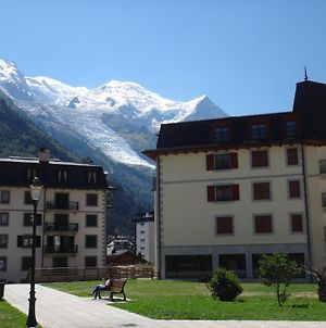 4-Star Apartments In Chamonix Centre With Free Private Parking photos Exterior