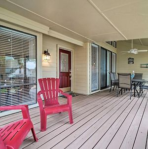 Serene Townhome With Porch, Walk To Lake Conroe photos Exterior