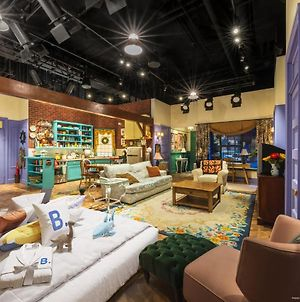 The Ultimate Sleepover At The Friends Experience photos Exterior
