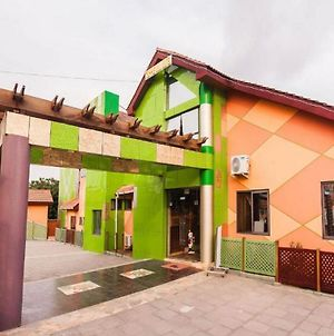 Room In Apartment - Hill View Hotel Accra North photos Exterior