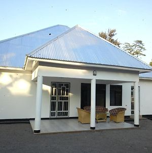 African Peace Apartments And Hostel photos Exterior