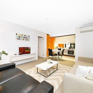A Cozy 2Br Suite, Large Balcony At Southern Cross photos Exterior