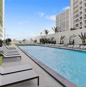 Private Balcony And Luxury Waterfront Condo At Icon-Brickell - Free 5 Stars Pool photos Exterior