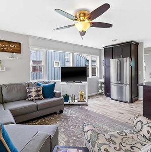 Bright And Updated Getaway With Furnished Patio! photos Exterior