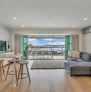 Qv Modern Newly Renovated Apt On Waterfront - 971 photos Exterior