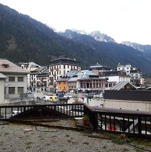 Entire Apartment In The Heart Of Chamonix On The Pedestrian Zone photos Exterior