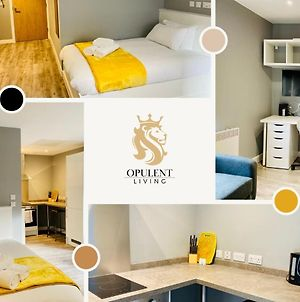 Opulent Living Serviced Accommodation Leicester, Modern & Cosy Studio City Centre photos Exterior