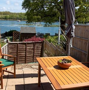 Pass The Keys 3Bed Family Home With Direct Water Access, Sleeps 6 photos Exterior