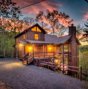 Above The Clouds By Escape To Blue Ridge photos Exterior