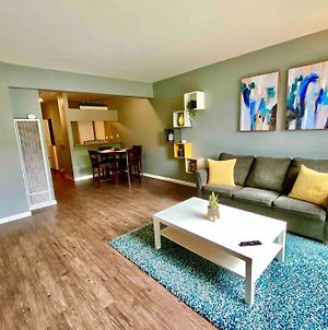 Centrally Located To All San Diego Has To Offer photos Exterior