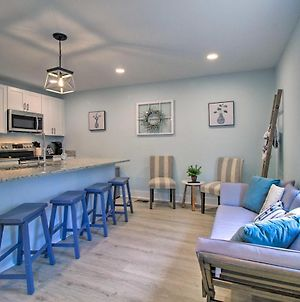 New! Renovated 2 Bed 2 Bath Apartment Downtown photos Exterior