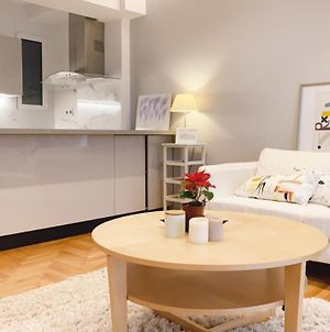 Warm And Modern Apartment In The Heart Of Athens photos Exterior