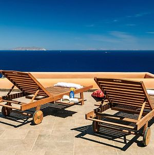 Front Row Seat To The Aegean By Neuvel photos Exterior