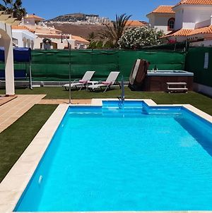 Villa Dwarika, Home Away From Home - Private Heated Pool And Jacuzzi photos Exterior