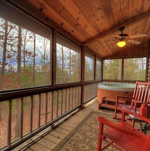 Red Rocker Cabin ~ Mountain View 3Br 3Ba Hot Tub Fire Pit photos Exterior