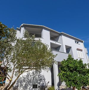 Apartments With A Parking Space Mandre, Pag - 18839 photos Exterior