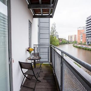 Luxurious 2 Bed Apartment Overlooking The Canal photos Exterior