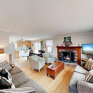 New Listing! Secluded Eastham Cape Cod Getaway Home photos Exterior