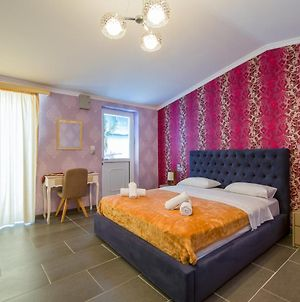 Room In Bb - Relaxing Holidays In Paradice Triple Room photos Exterior