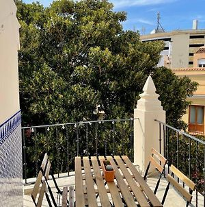 Light 2 Bed Penthouse & Terrace In Historic Centre photos Exterior