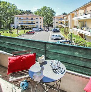 Awesome Apartment In Avignon With Wifi And 1 Bedrooms photos Exterior