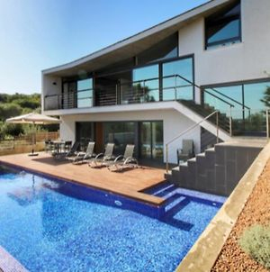 Villa With 3 Bedrooms In Cala Llonga With Private Pool Enclosed Garden And Wifi 3 Km From The Beach photos Exterior