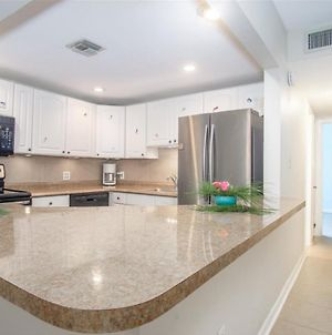 Turtle Nest 2Bed, 2Bath Condo With Shared Pool, Dockage photos Exterior