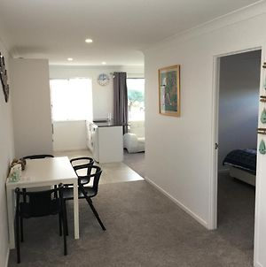 2Bd Family Or Couples Guesthouse Upstairs Bundall photos Exterior