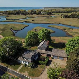 547 Over 3000 Square Feet Beautiful Views Walk To The Beach Huge Private Yard Screened In Porch photos Exterior