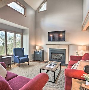 Serene Hideaway With Views, 1 Mi To Hike And Ski! photos Exterior