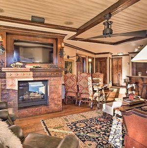 Elegant Ski-In And Ski-Out Condo With Hot Tub Access photos Exterior