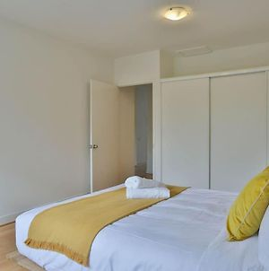 Easy Living In The Heart Of Box Hill Wifi And Parking 35A photos Exterior